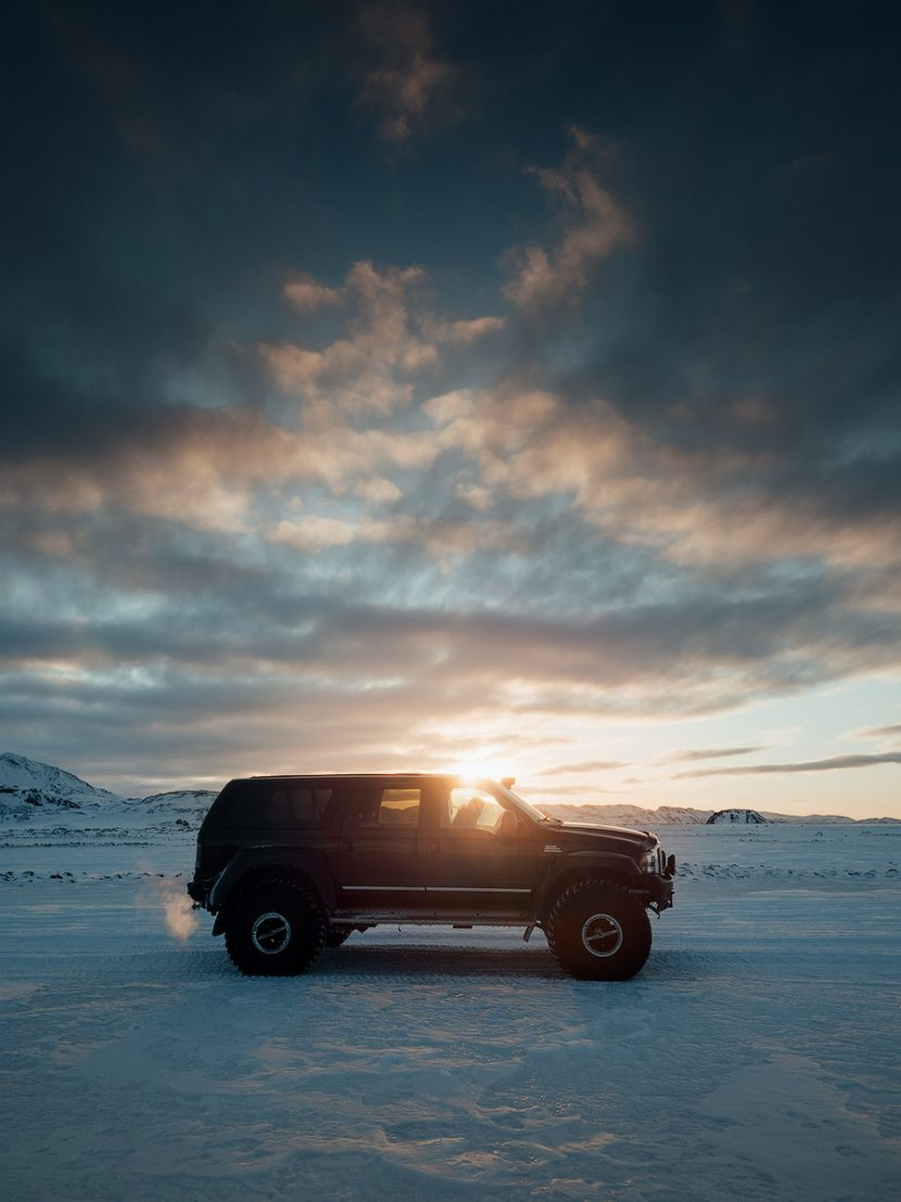super jeep workshop livieri iceland in winter fujifilm